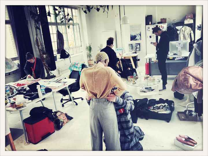 Shooting week end at BW, amazing team for an amazing campaign, travleing without moving