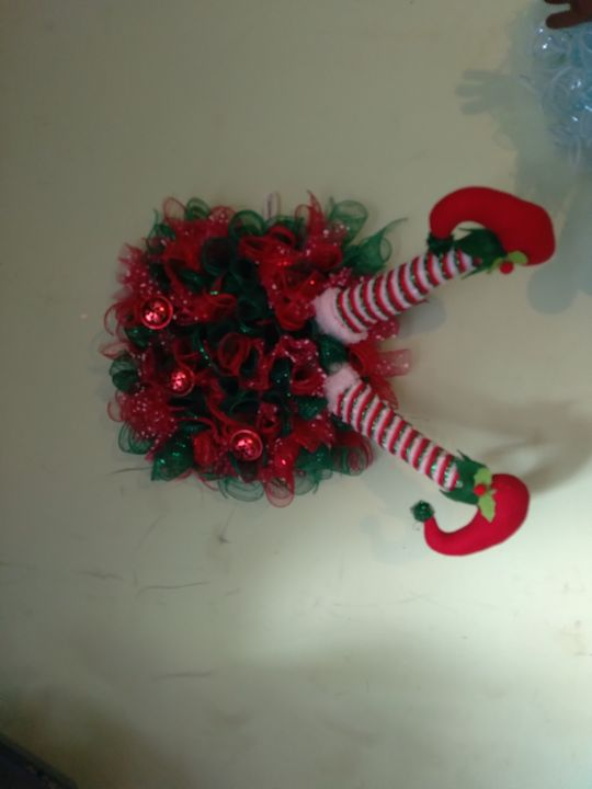 Doing new wreaths check out my page