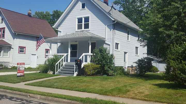 New on the market306 Ashland Ave Cuyahoga Falls 3 bedroom 1 bath 1336 sq ftCompletely renovated.  Everything is NEW. Con...
